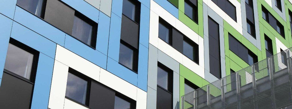 trespa fassade-Studentenwohnheim South Essex – College (UK)2