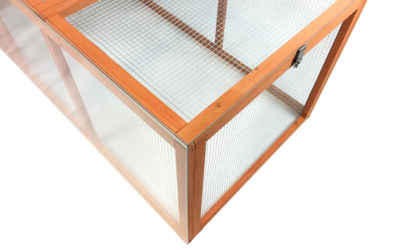 Einen Windschutz für den Hühnerstall selber bauen