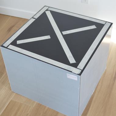 Plexiglas tisch