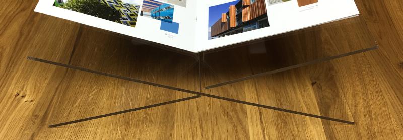 Buchaufsteller aus Acrylglas selber bauen