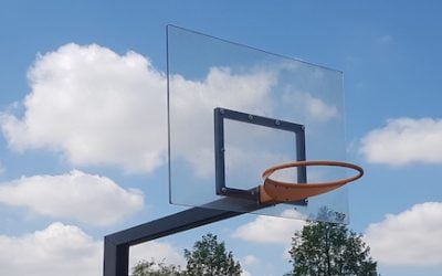 Basketball Backboard selber bauen? Verwenden Sie Polycarbonat