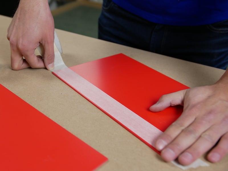PVC Platten können problemlos verklebt werden