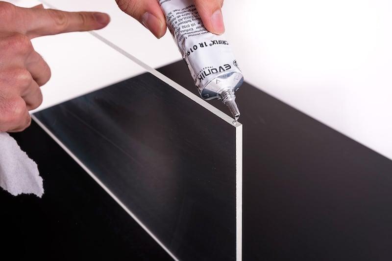 Polycarbonat platten kleben