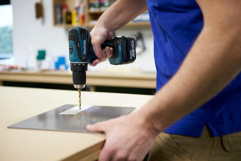 Schluesselhalter selber machen Acrylglas bohren