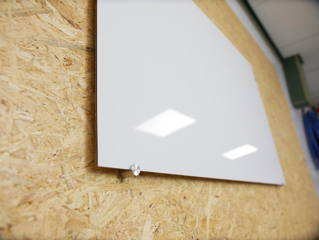 Schwebenden Whiteboard selber bauen mit Klemmhalter