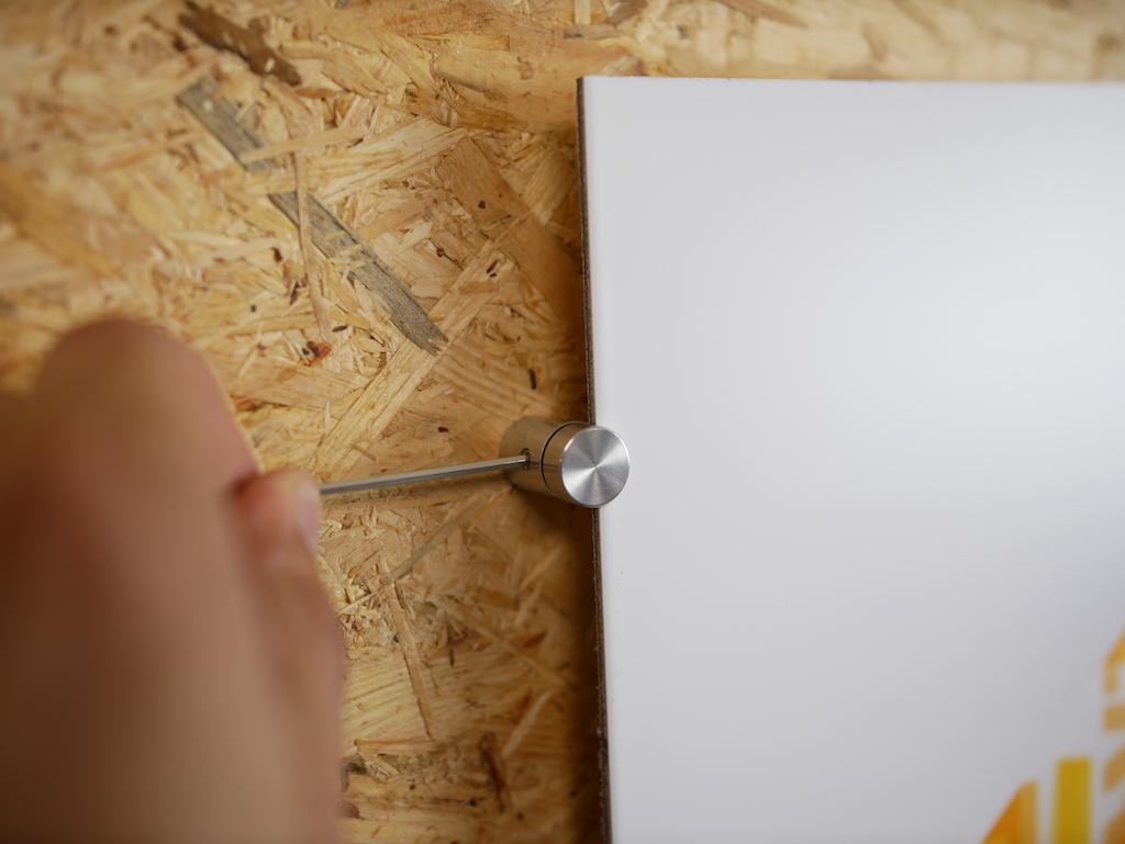 Whiteboard aufhaengen