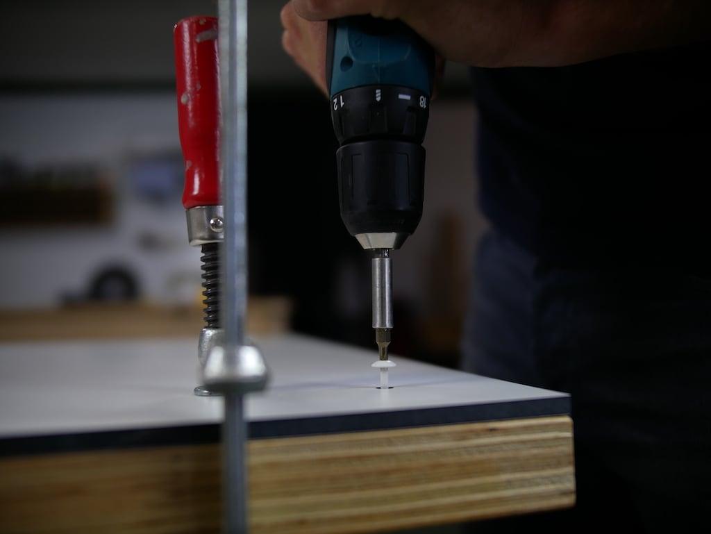 HPL Arbeitsplatte DIY schrauben