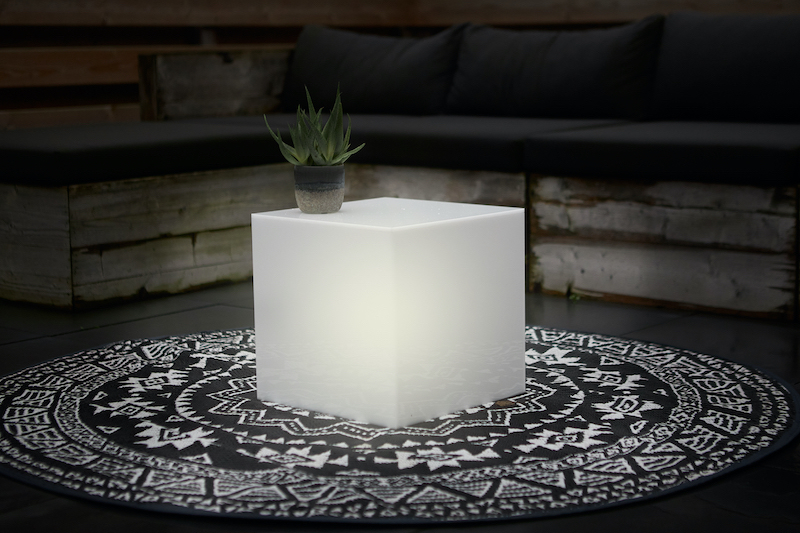 Leuchtwürfel aus Acrylglas