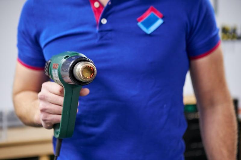 Plexiglas biegen mit einem Heissluftgeblaese