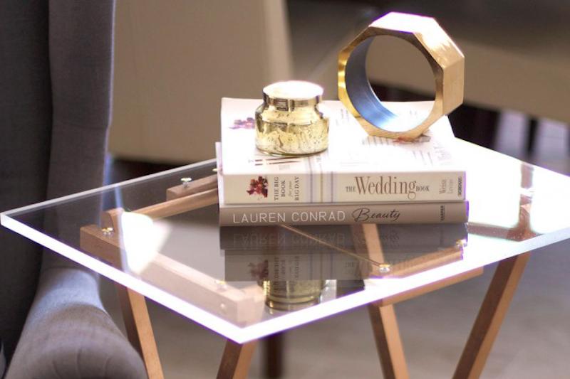 DIY Beistelltisch aus Acrylglas machen