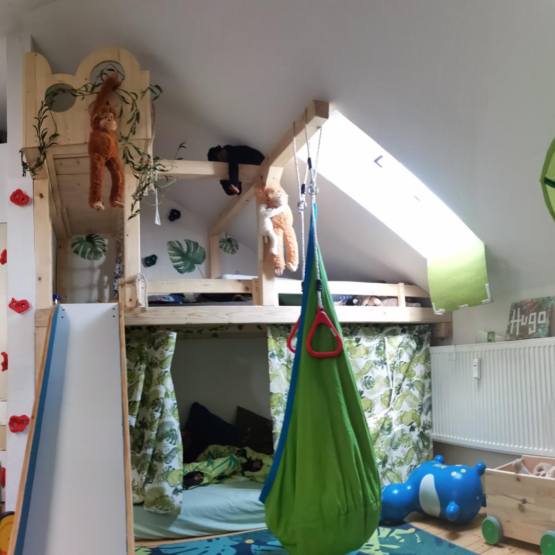 Spielhaus Bett